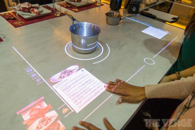"""Prototipo de """"la cocina del año 20"""" de Whirlpool."""